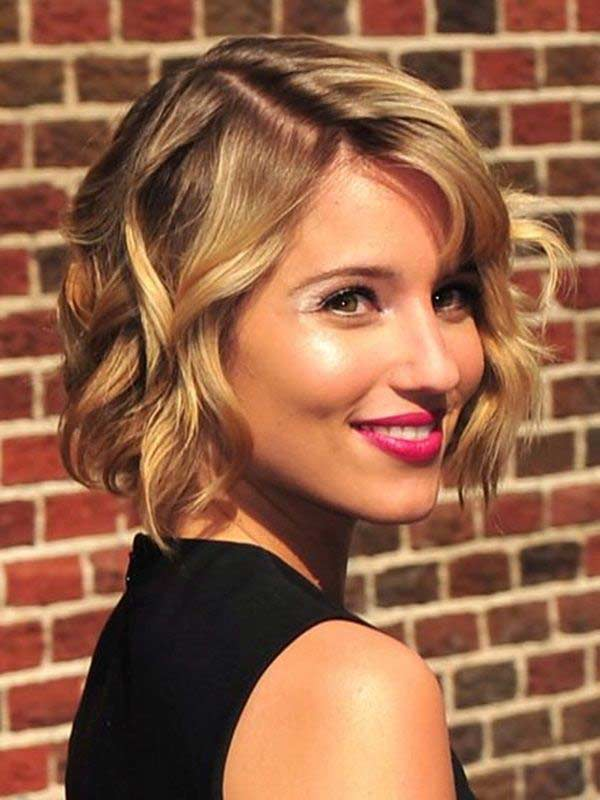 Dianna Agron Hair Color Hair Colar And Cut Style