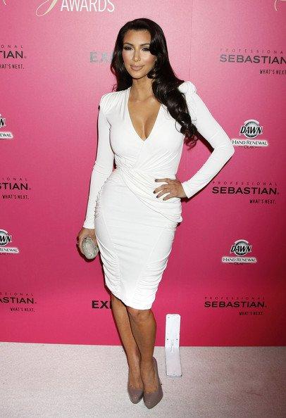 Kim+Kardashian+long-11