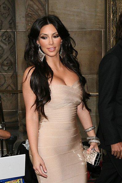 Kim+Kardashian+long-8