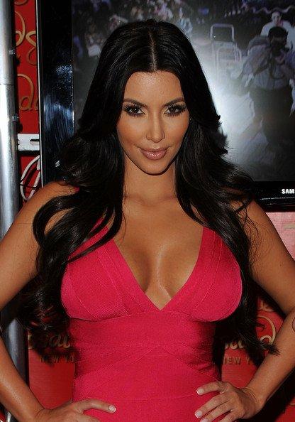 Kim+Kardashian+long-9