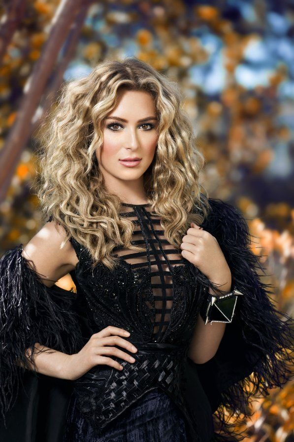 Alexa Penavega Hair Color Hair Colar And Cut Style