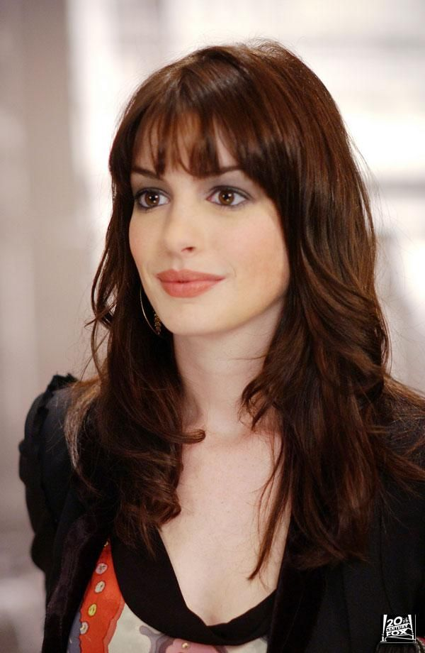 anne hathaway hair color hair colar and cut style