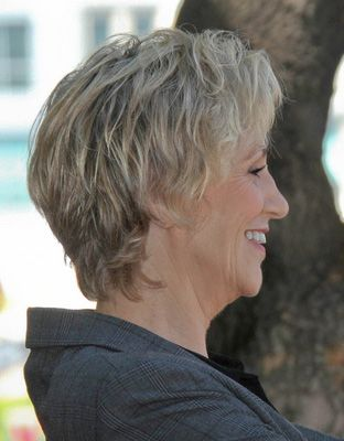 Jane-Lynch-6