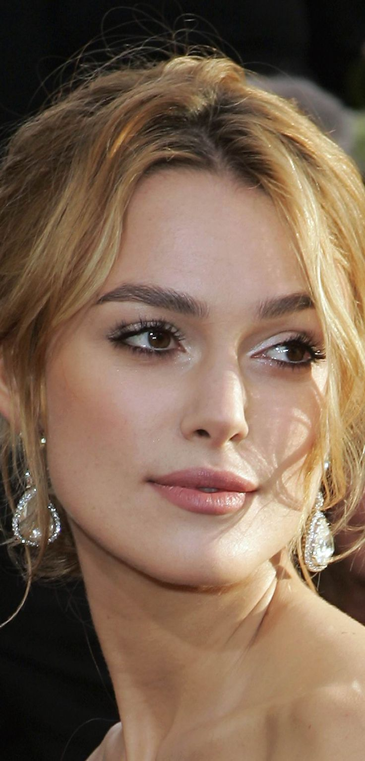 Keira Knightley Hair Color - Hair Colar And Cut Style Keira Knightley