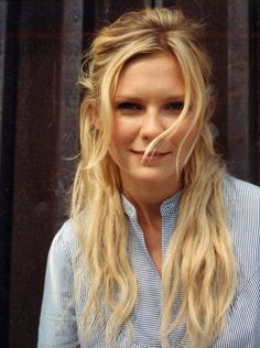 Kirsten Dunst Hair Color Hair Colar And Cut Style