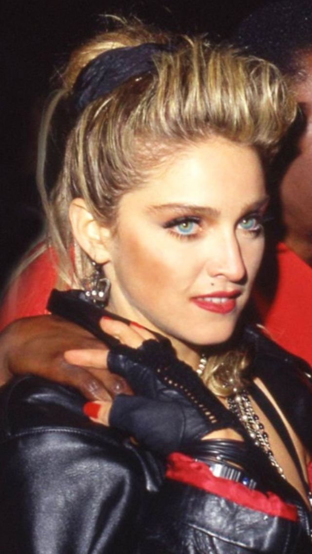Madonna Hair Color Hair Colar And Cut Style