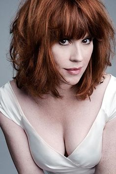 Molly Ringwald Hair Color Hair Colar And Cut Style