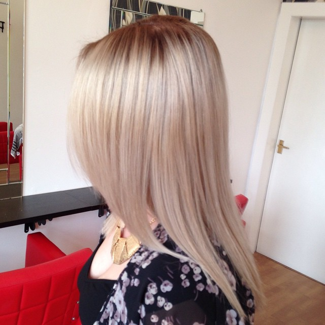 Ash Blonde 2015 Hair Colar And Cut Style