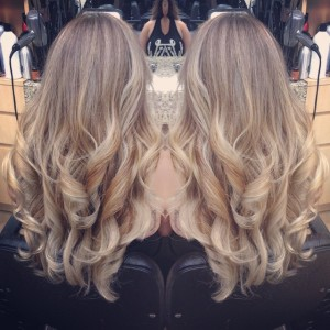 Ash Blonde – Hair Saloon