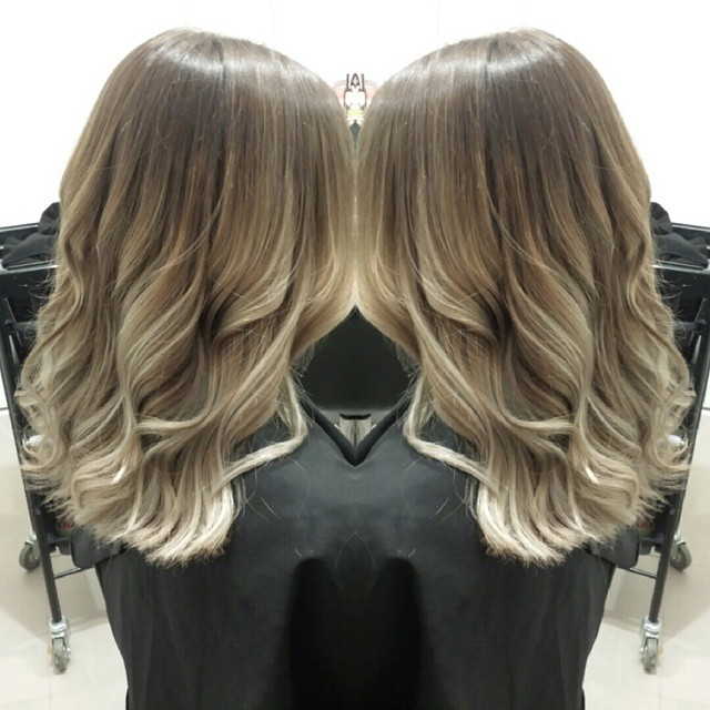 Ash Blonde Hair Color - Hair Colar And Cut Style