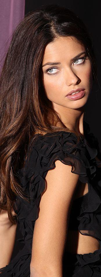 Adriana-Lima-4