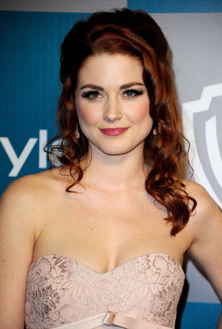 BEVERLY HILLS, CA - JANUARY 15:  Actress Alexandra Breckenridge arrives at 13th Annual Warner Bros. And InStyle Golden Globe Awards After Party at The Beverly Hilton hotel on January 15, 2012 in Beverly Hills, California.  (Photo by Kevork Djansezian/Getty Images)