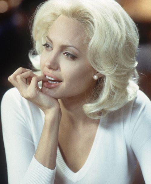 Angelina Jolie Hair Color Hair Colar And Cut Style