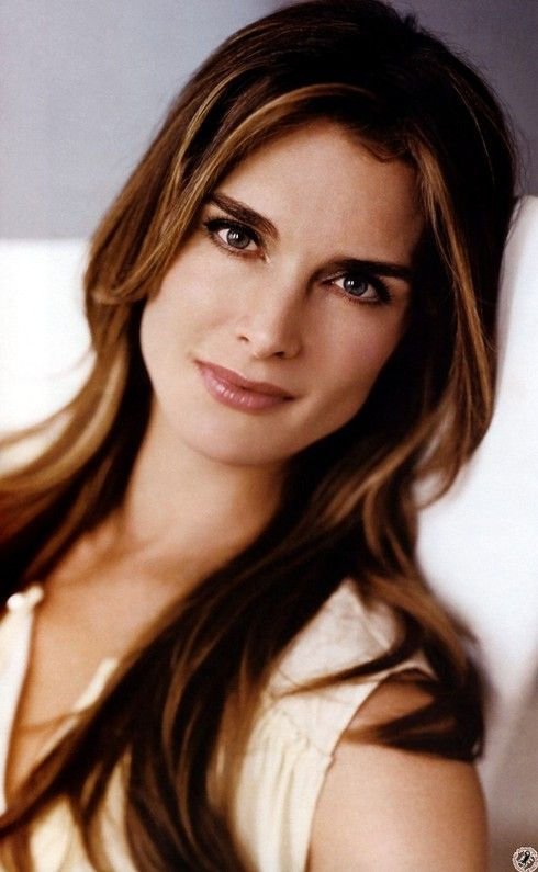 Brooke Shields Hair Color Hair Colar And Cut Style