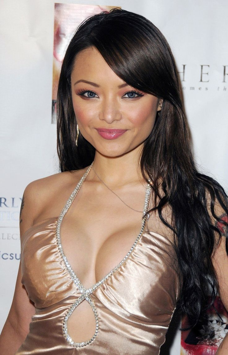 Tila Tequila Hair Color Hair Colar And Cut Style