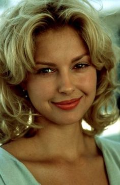 Ashley Judd Hair Color Hair Colar And Cut Style