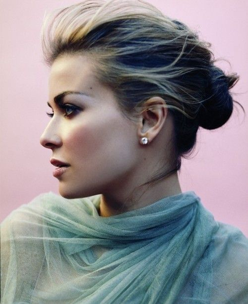 Carmen Electra Hair Color Hair Colar And Cut Style
