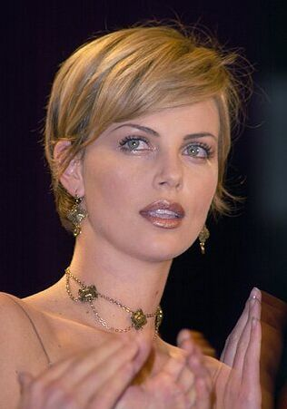 Charlize Theron Hair Color - Hair Colar And Cut Style