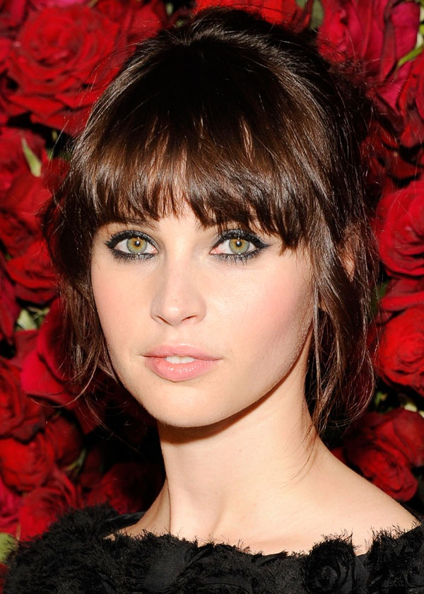 Felicity Jones Hair Color Hair Colar And Cut Style