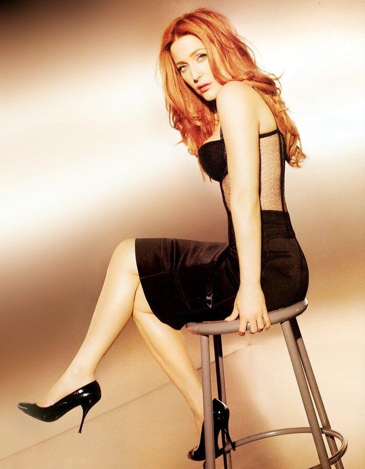 Gillian Anderson Hair Color