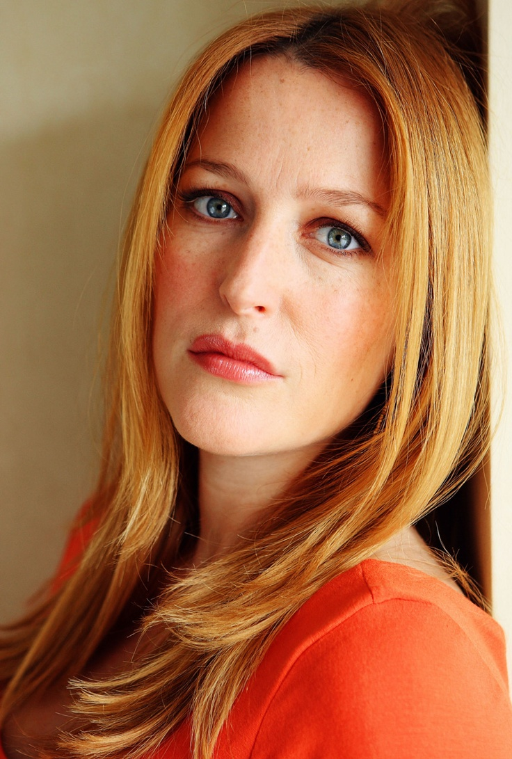 Gillian Anderson Hair Color Hair Colar And Cut Style