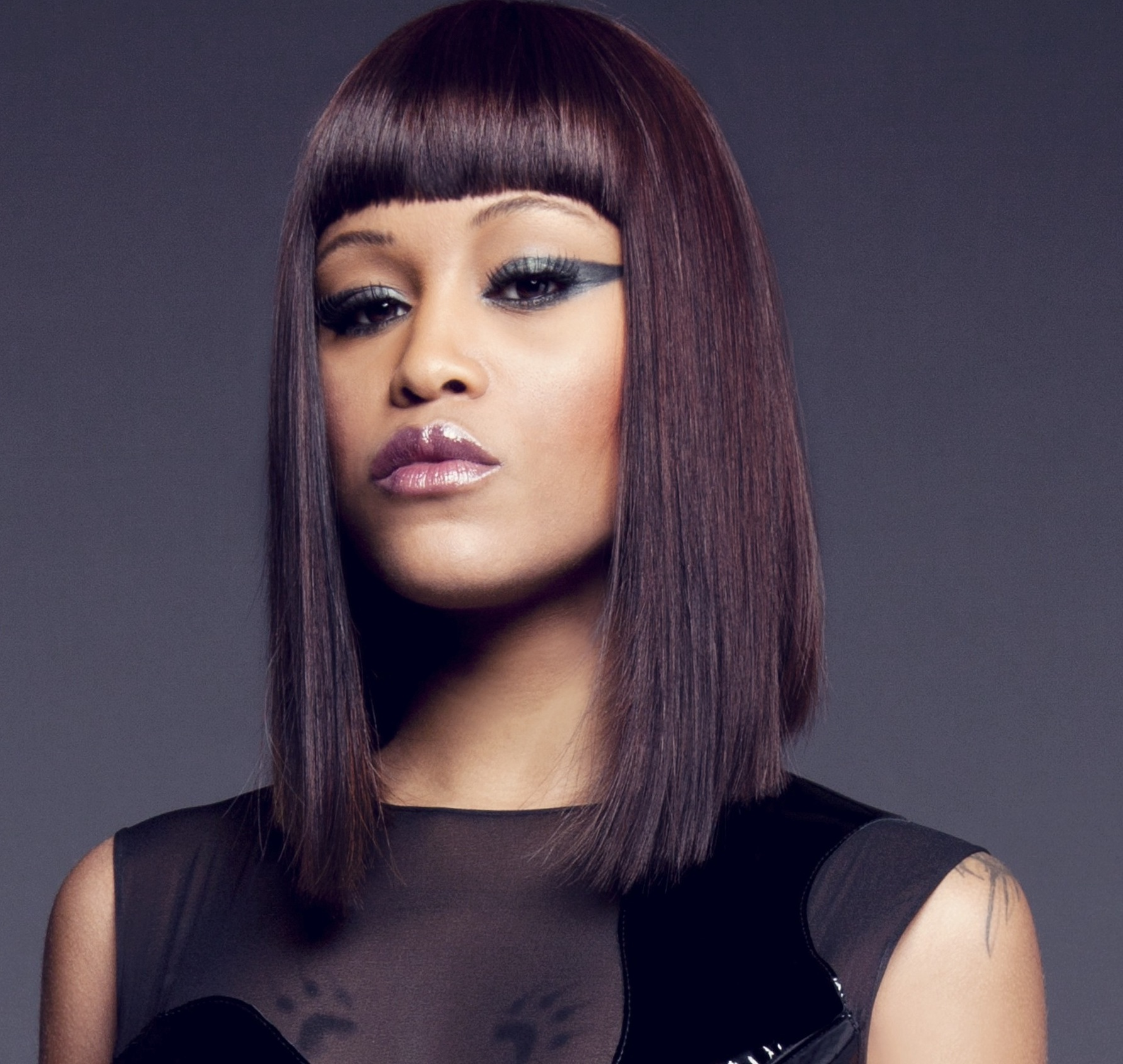 Alice Eve Hair Color Hair Colar And Cut Style