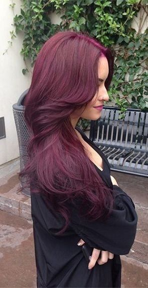 Burgundy hair color hair colar and cut style - Violet prune couleur ...